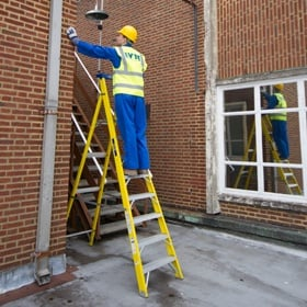 Lyte Heavy Duty Trade Glass Fibre Platform Step Ladders