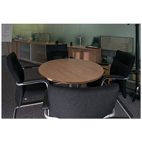 BN Kubik Leather Cantilever Conference Chair