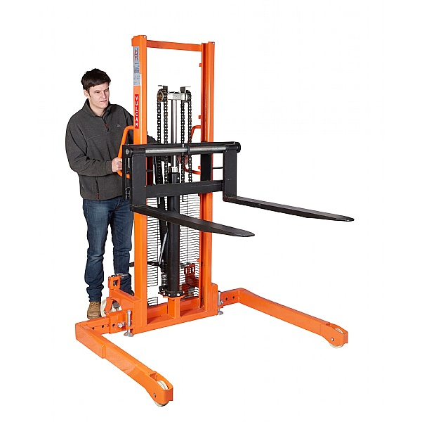 Vulcan Manual Straddle Stackers - 1000kg